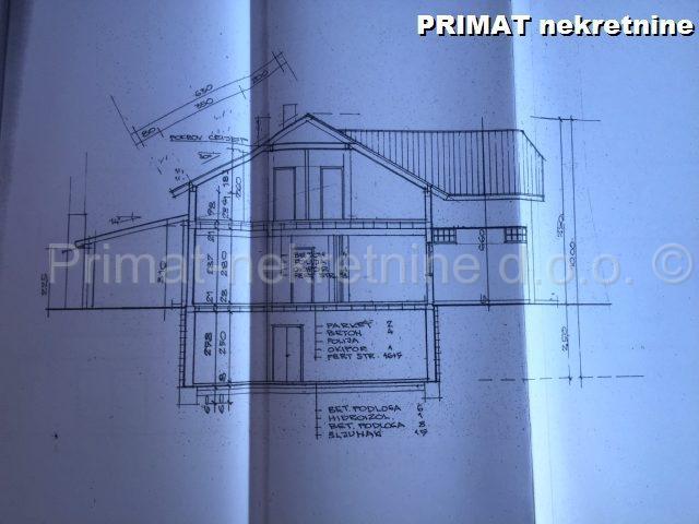 SNIŽENO 25% - Uređena kuća s voćnjakom na 27500 m2 ograđene okućnice  INDEX ...