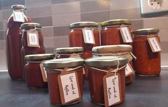 Domaća proizvodnja , proizvodi od domaćeg paradajza i paprike