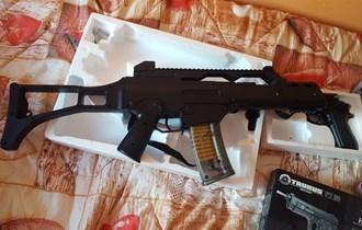 Airsoft puška i pištolj
