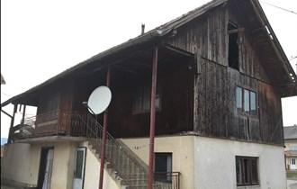 Hrastova kuća za preseljenje