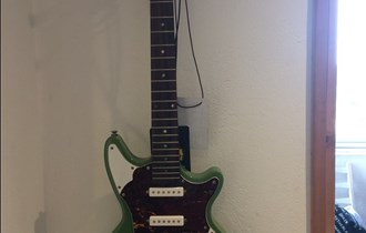 Ace Pro ae812 električna gitara