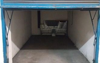 Odlicna prilika/ garaza Kvatric/ 15 m2