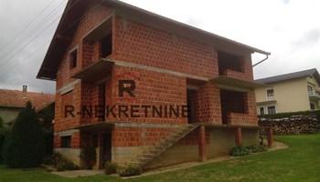 Kuća Križevci ROH-BAU 195 m2, 46.000 €