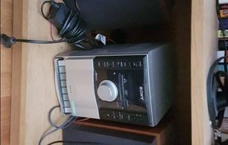 Sony radio-Hitno