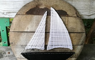 Slika vuna i cavli na drvetu