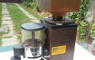 Mlin i dozer za kavu