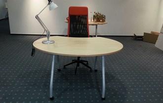 Uredski dizajnerski stol