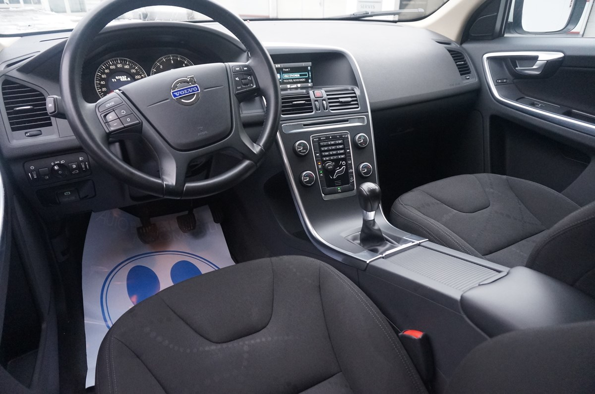 Volvo Xc 60 2 4 D4 Awd Index Oglasi