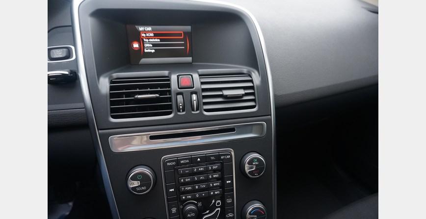 Volvo Xc 60 2 4 D4 Awd Index Oglasi