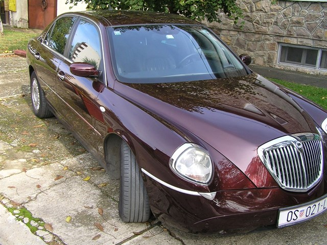 lancia thesis 2.4 jtd emblema test The lancia thesis (type 841) [test car with the v6 engine] build up a gentle sweat 24 10v jtd: 150 ps (110 kw 150 hp.