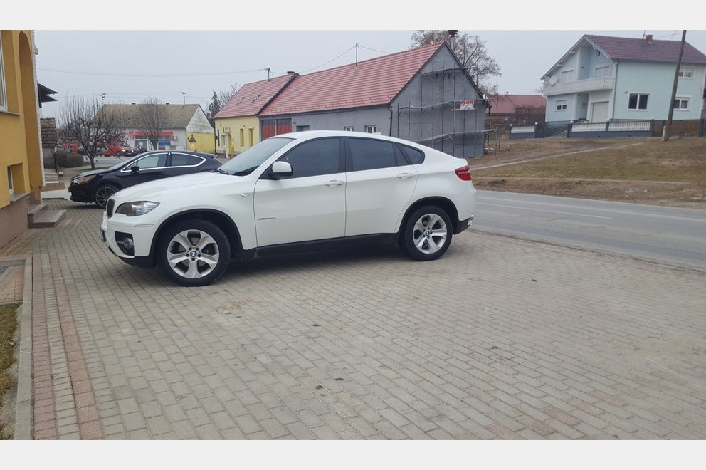 bmw x6 3 0d xdrive index oglasi. Black Bedroom Furniture Sets. Home Design Ideas