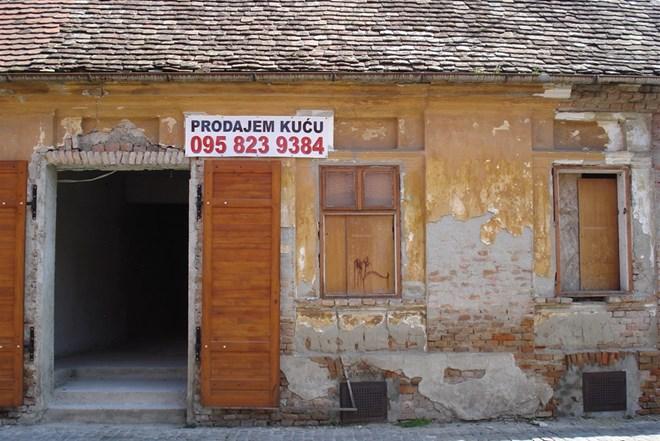 KUĆA - POSLOVNO-STAMBENI PROSTOR, OSJEČKA TVRĐA, K. FIRINGERA br 20, POGODNA ZA RAZNE POSLOVNE DJELATNOSTI (prodaja)