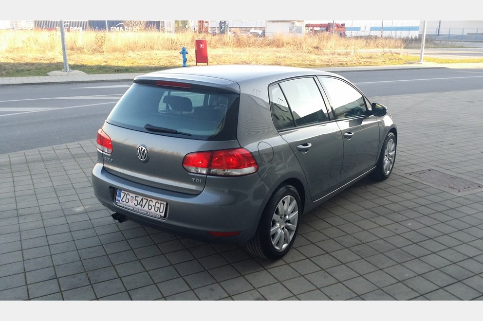 vw golf vi 2 0 tdi 81 kw 110 ps klima servisna knjiga index oglasi. Black Bedroom Furniture Sets. Home Design Ideas