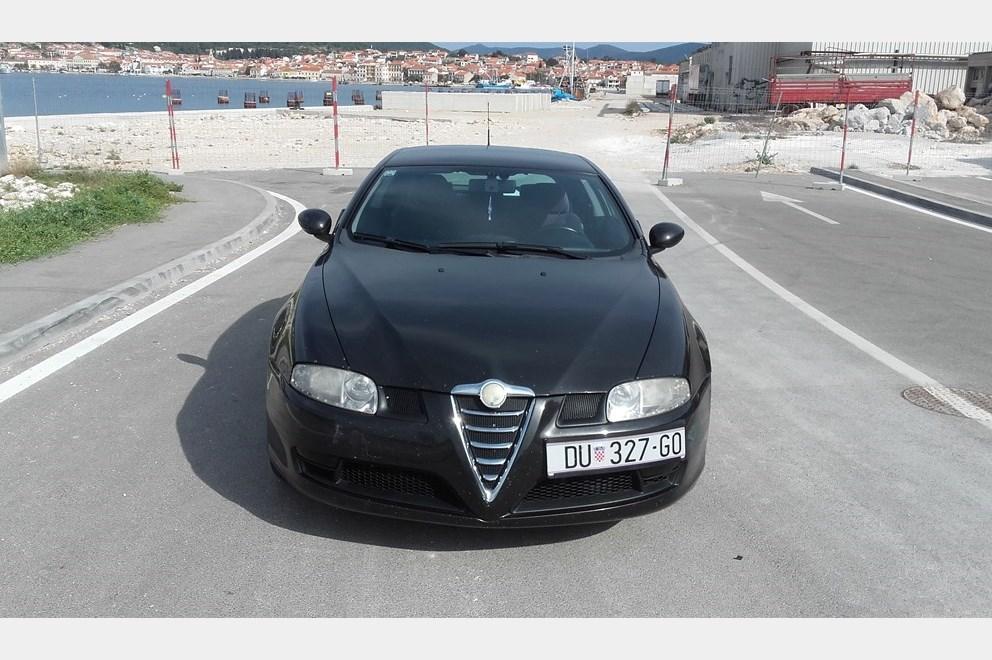 Alfa Romeo GT 1.9 JTDm 16v Q2