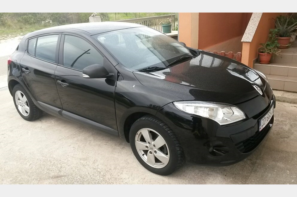 renault megane 1 6 16v generation 63000km nije uvoz index oglasi. Black Bedroom Furniture Sets. Home Design Ideas
