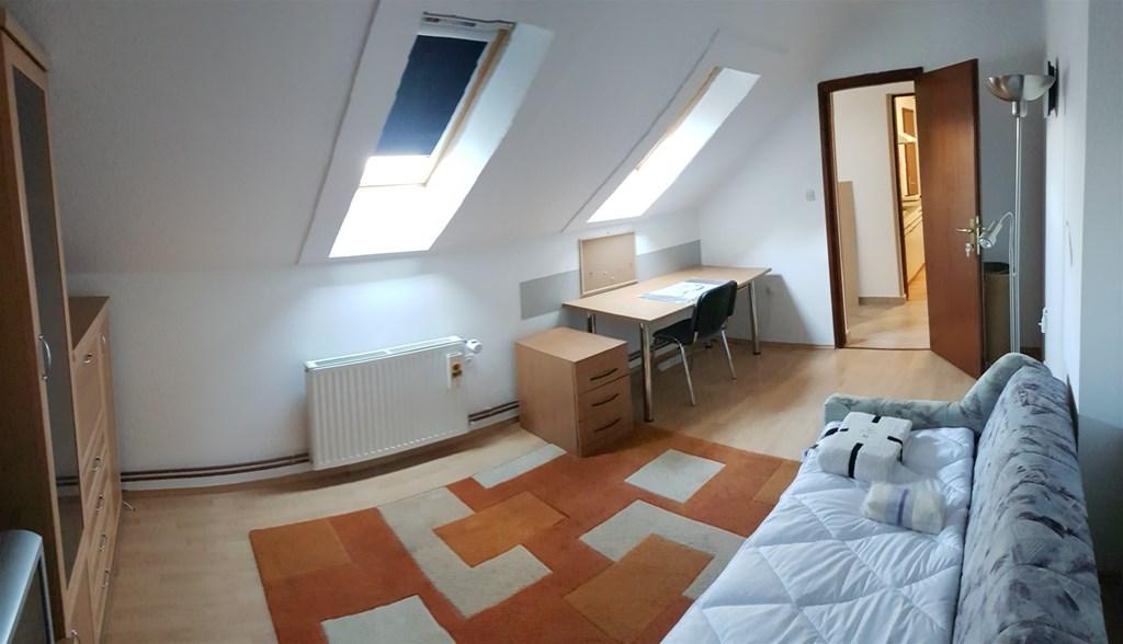 Stan za studentice Osijek Bosutsko naselje   INDEX OGLASI