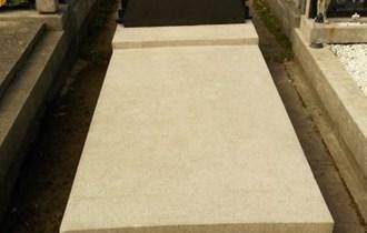 Grobno mjesto na Mirogoju - trajno ustupam!