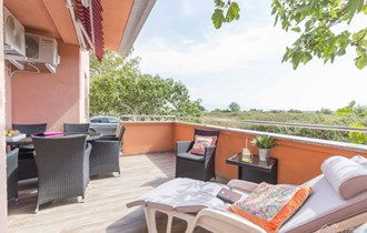 Zaton - Apartman 48 m2, prizemlje s terasom