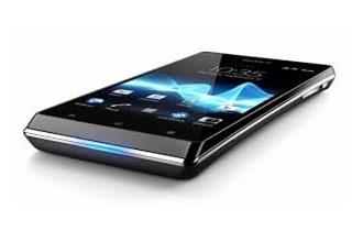 Sony Xperija J - Mobile Communications AB - NOVI S GARANCIJOM