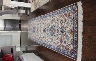 Perzijski tepih - Nain - cca 200x60cm - Vuna + Svila - Vrlo fini rad