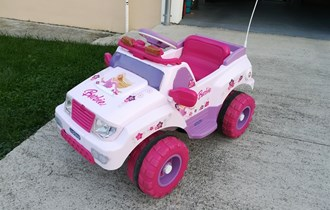 Peg Perego Barbie Jeep