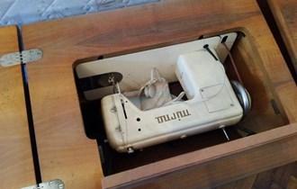 Bakina obožavana šivaća mašina