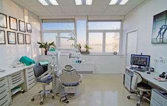 Dentalni terhničar
