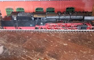 Parna lokomotiva Roco DB 50 1478