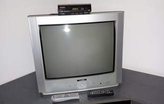 Televizor 55 cm i dvbt prijamnik