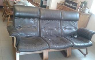 Kožni trosjed i fotelja