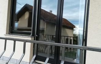 drvena balkonska dvokrilna vrata i prozori sa IZO staklom - SUPER stanje