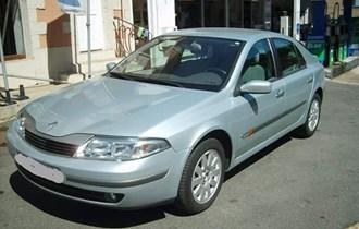 Prodajem Renault Lagunu 2.2 DCI Privilege, 2002 godište,