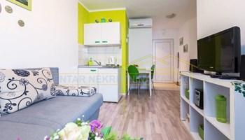 Zadar, Poluotok, dva jednosobna apartmana, 60 m2