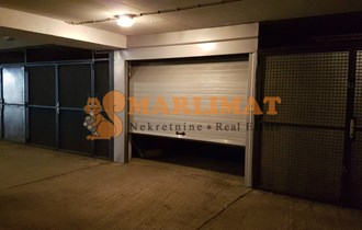 Centar - Kvaternikov trg - garaža - 18m2