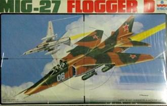 Maketa avion MiG-27 Flogger D  Mig 1/48