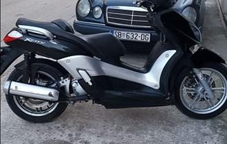 Yamaha xcity 250ie reg.god dana nove gume!