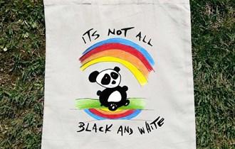 Its Not All Black And White Šarena Panda pamučni ceker, 100% pamuk