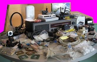 Razna elektronika za 300 kn