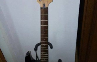 Električna gitara Yamaha Pacifica 112