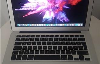 MacBook Air 13, i5, 1.6GHz, 8GB ram + 128GB