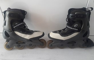 Role ,inline role,rollerbladed
