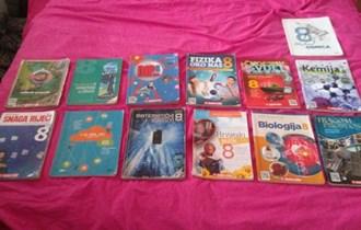 Prodajem udžbenike za 8. razred OŠ