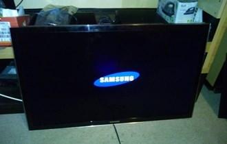Samsung smart tv 102 cm, ocuvan,citaj oglas