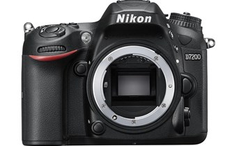 Nikon D7200 + 18-105VR kit, kao nov, 20% jeftinije