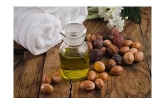 Prirodni serum za raščešljavanje kose