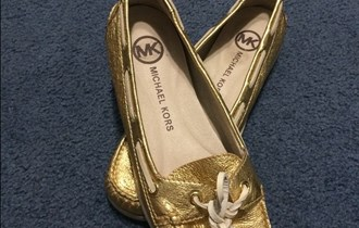MICHAEL KORS zlatne cipele