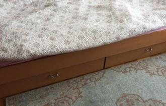 Krevet s dvije ladice + madrac!