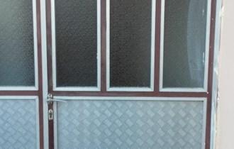 Ulazna vrata dvokrilna - aluminijska + drvena dvokrilna na poklon