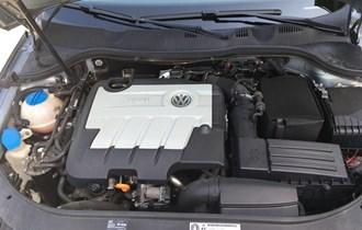 VW Passat Variant 2,0 TDi 140 ks Common rail motor, 6 Brzina, Confortline+Business paket opreme, Moguca Zamjena !