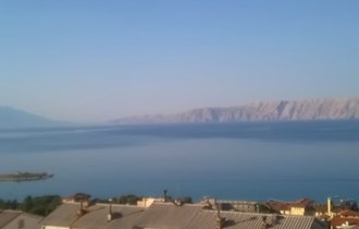 Stan s prekrasnim pogledom na more i otok Krk